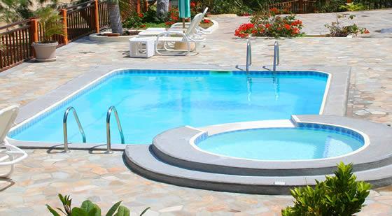 piscines gla goncalves piscine pr te plonger. Black Bedroom Furniture Sets. Home Design Ideas
